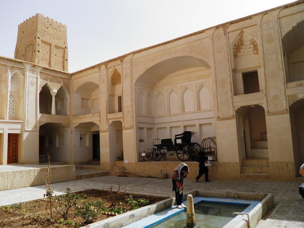 بيت الصولت (متحف مردم شناسي)