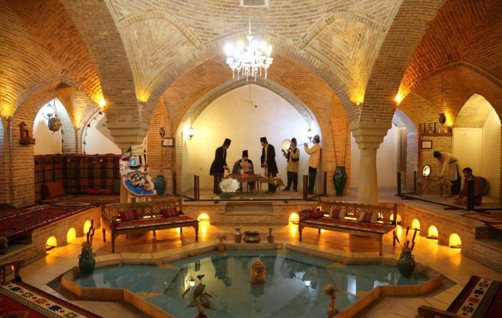 حمام الفلعة – متحف حمام القلعة – في همدان