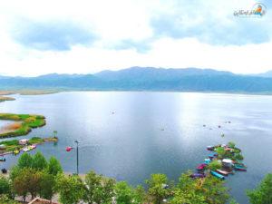 السياحة في بحيرة زريوار