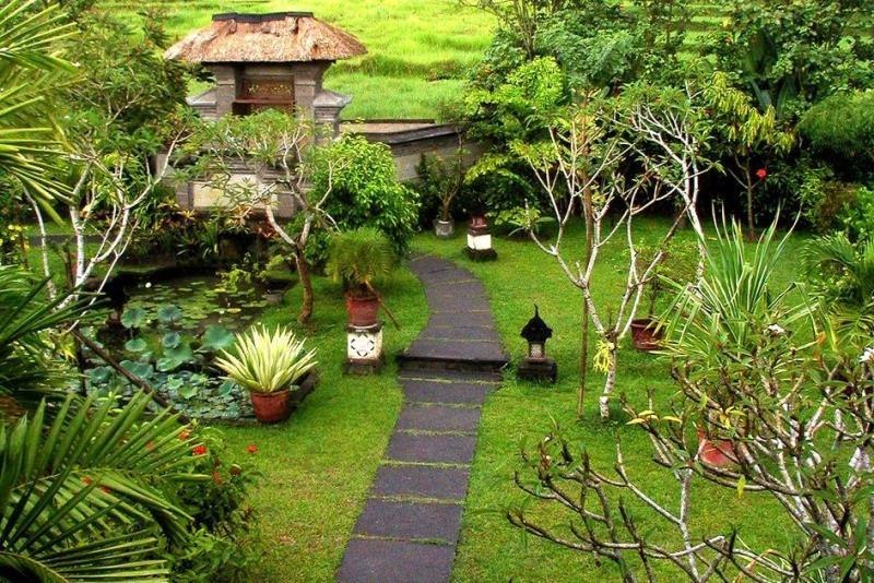 حديقة ملت في مشهد