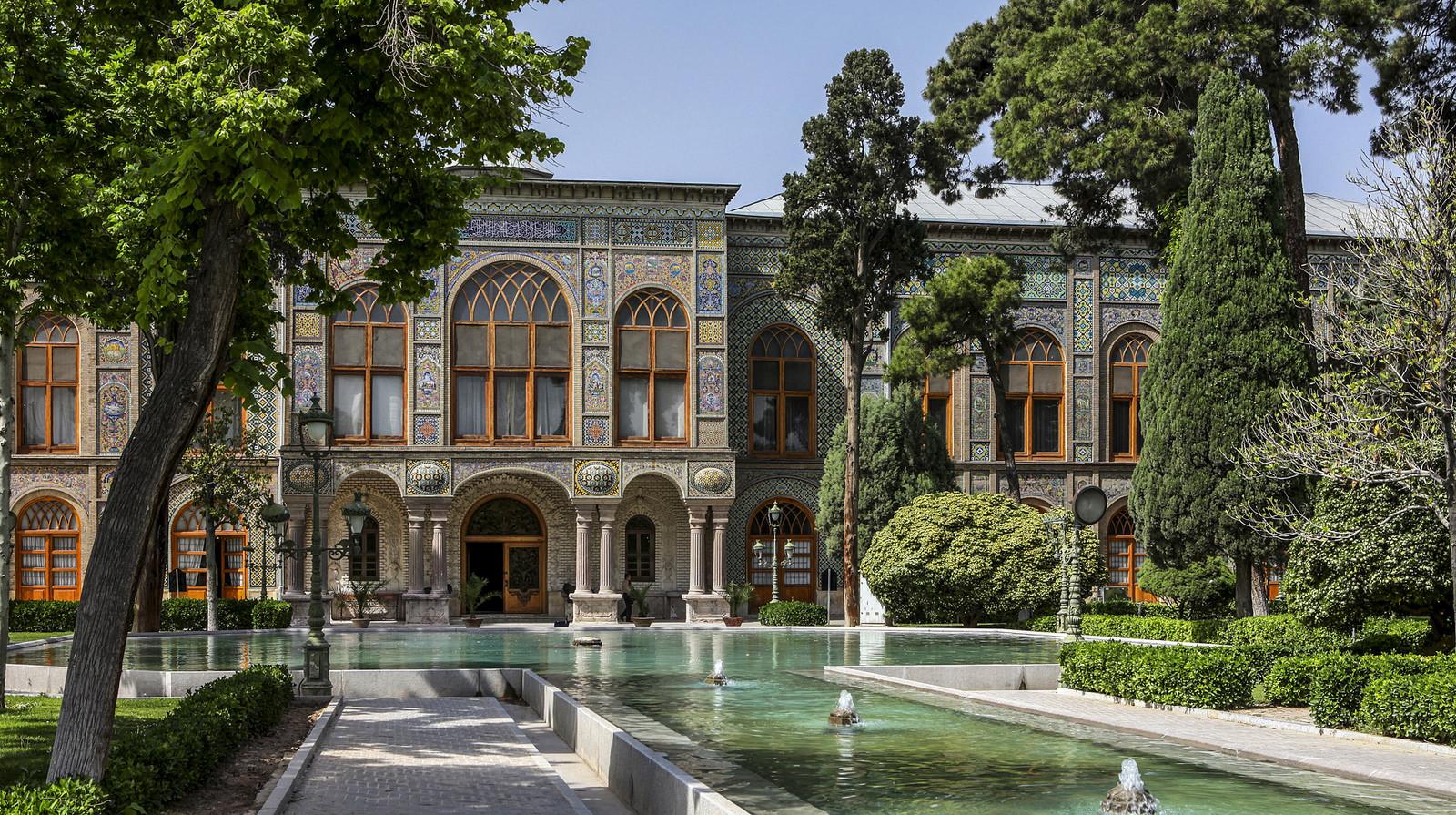 قصر جلستان
