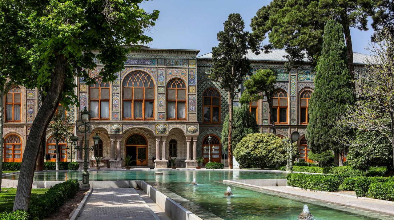 قصر جولستان
