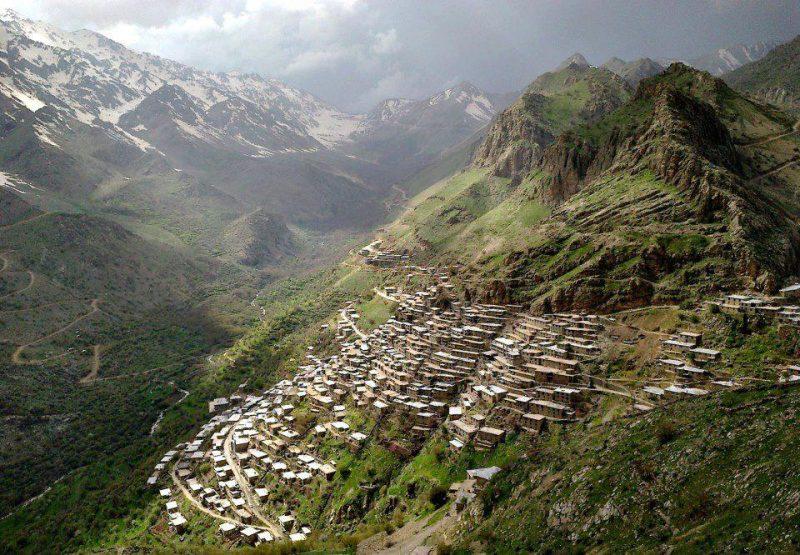 اورامان تخت في محافظة كردستان ، إيران