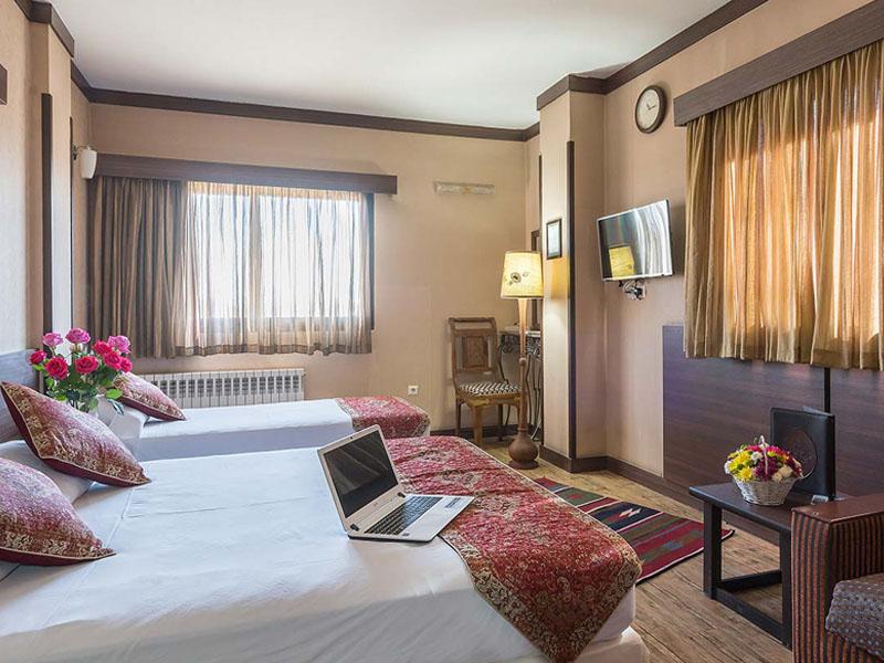 فندق شيخ بهائي في أصفهان