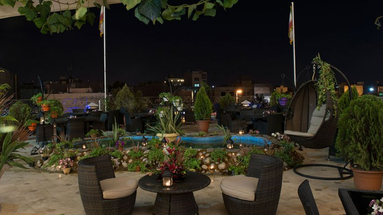 فندق قصر طلائي في مشهد