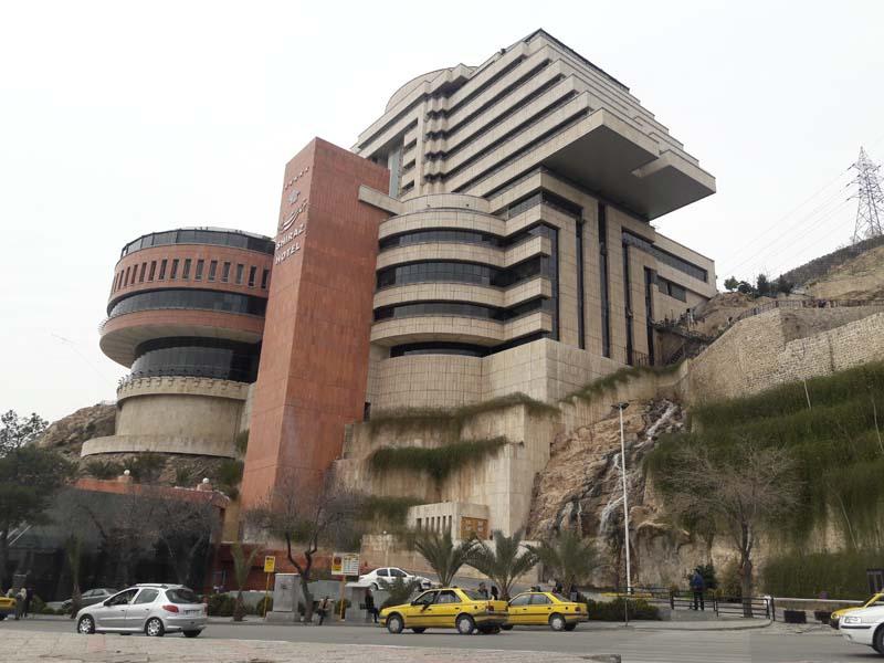 جراند هتل في شيراز