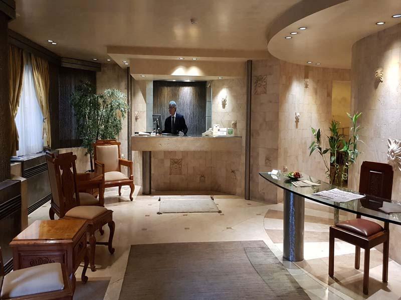 شقق آبتين الفندقية في طهران