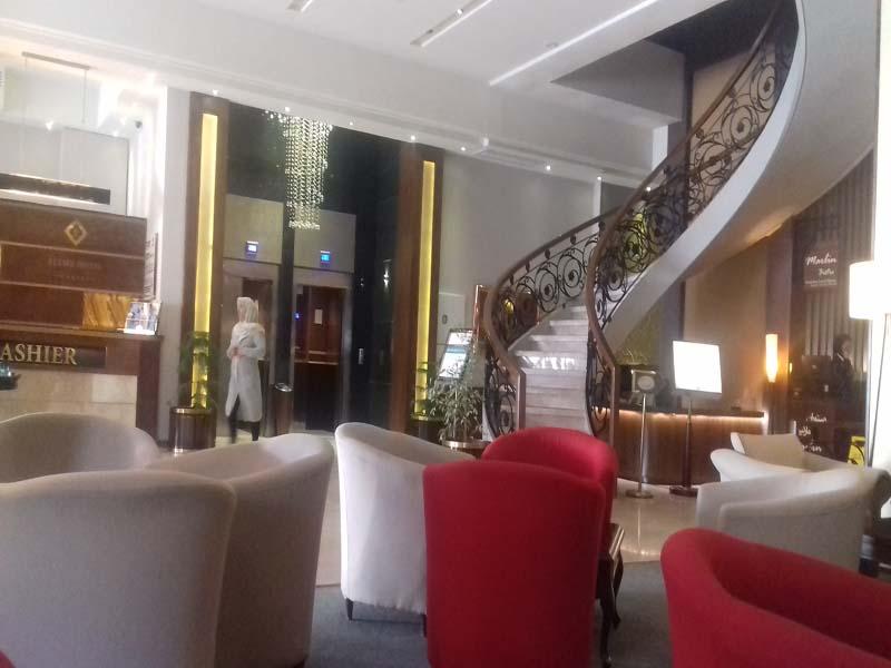 فندق إليزة في شيراز