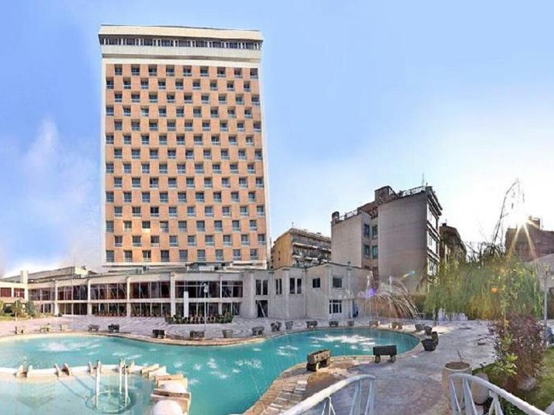 فندق هما في طهران ، فنادق تهران ، فندق في طهران رخيص ، افضل فنادق في إيران