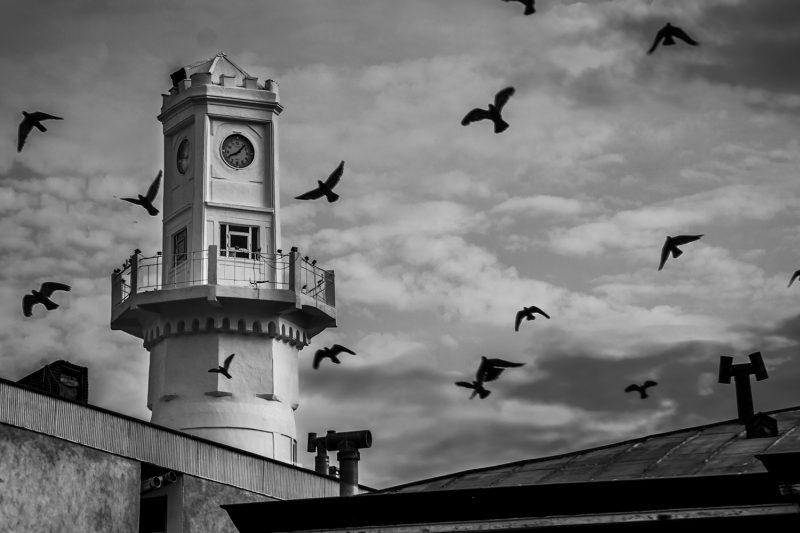 برج ساعة أنزالي (منارة)