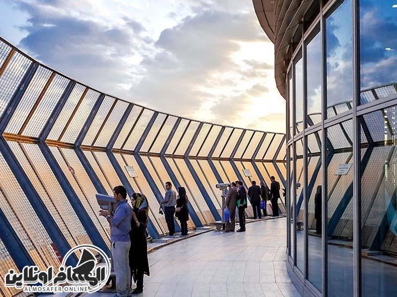 برج الميلاد (برج ميلاد) في العاصمة طهران