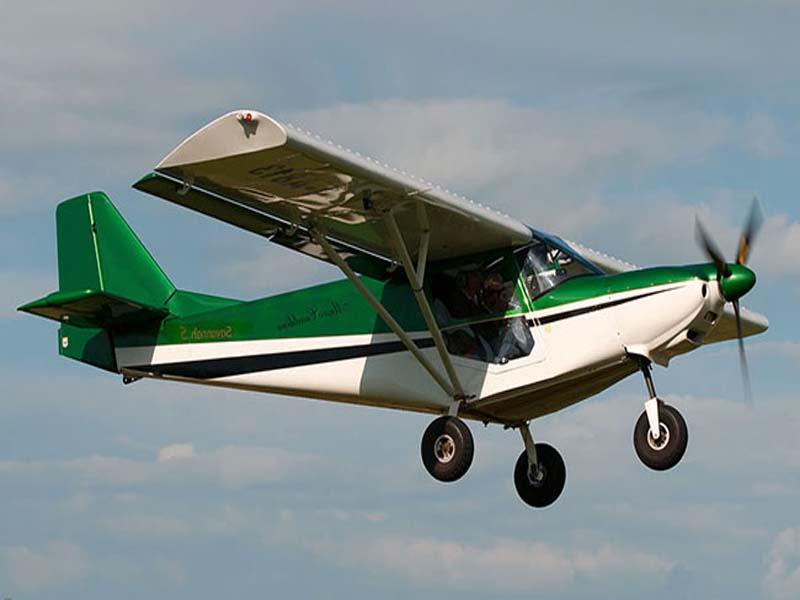 تحلق بالطائرة الشراعية في نمك آبرود