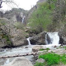 شلال أكابل في مدينة كلاردشت شمال إيران