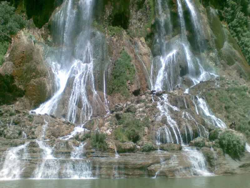 شلال أکابل في مدينة جالوس شمال إيران