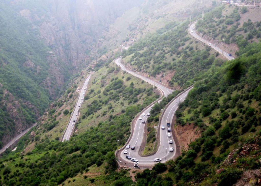 طريق جالوس (تشالوش) في شمال إيران