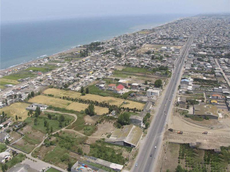 فريدون كنار المدينة الساحلية في شمال إيران