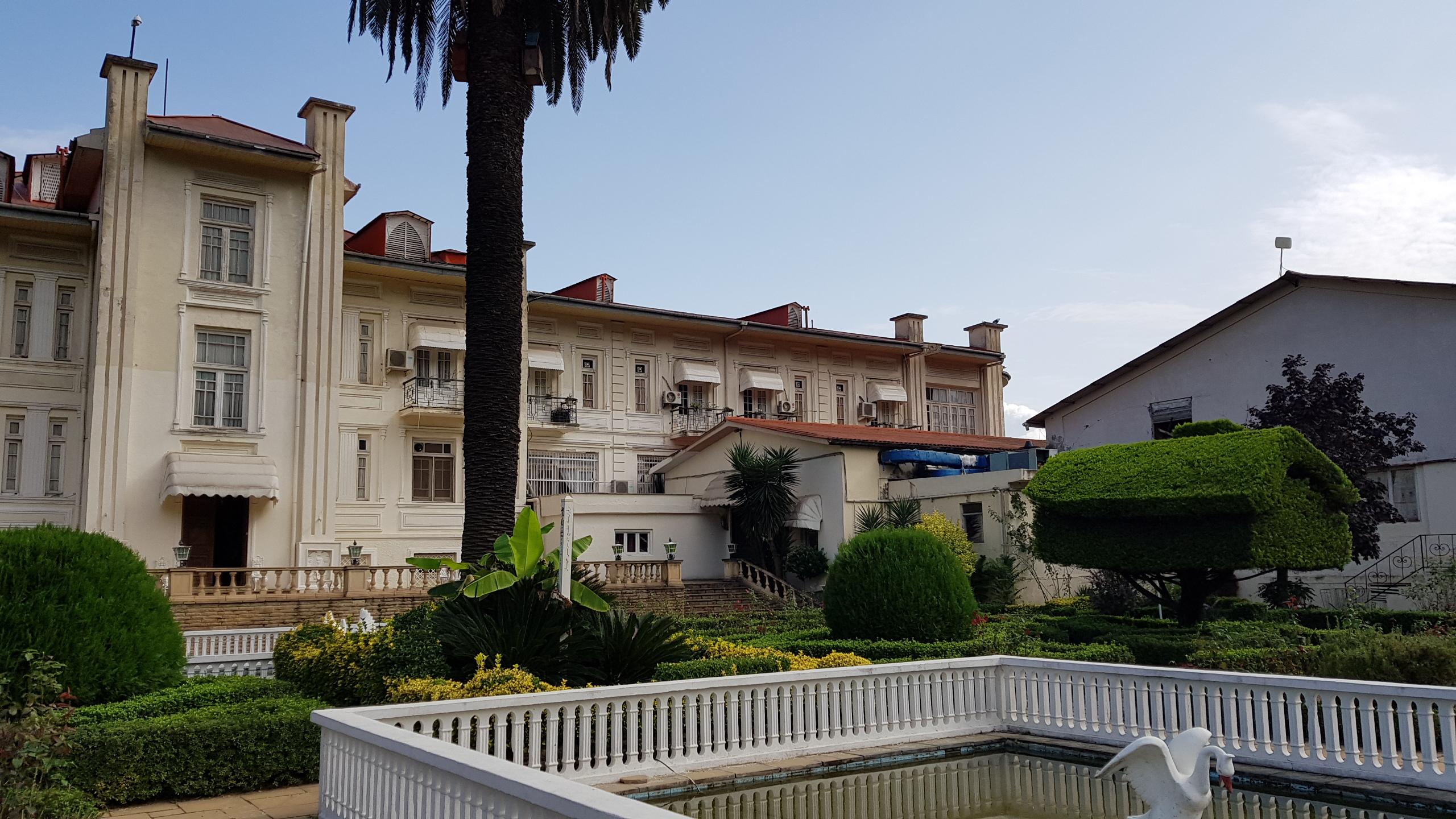 فنادق بارسيان