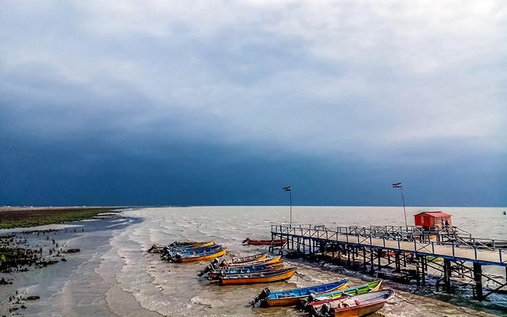 ميناء تركمن في شمال إيران