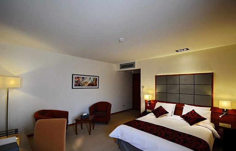 فندق إليزه في شيراز