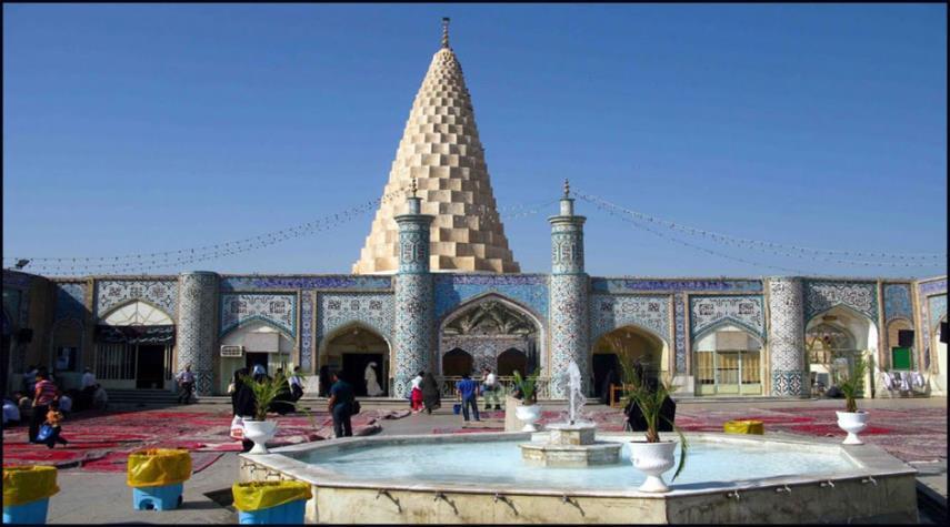 قبر دانيال نبي في مدينة شوش الإيرانية
