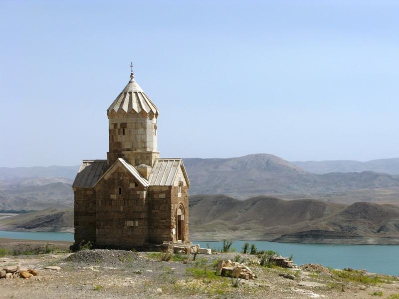 كنيسة زر زر في مدينة ماكو الإيرانية