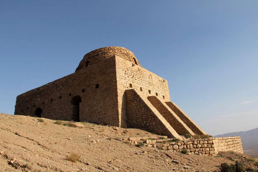 معبد الناراسباخو في مدينة خراسان الشمالية الإيرانية