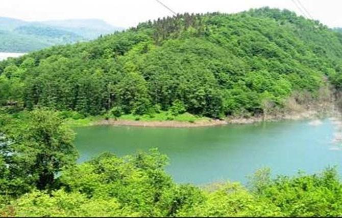 بحيرة جشمه سبز في مشهد