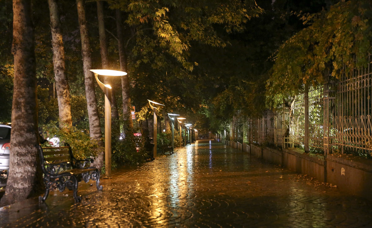 شوارع إيران - شارع إرم في شيراز