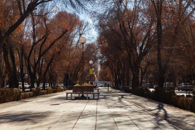 شارع جهارباغ في أصفهان