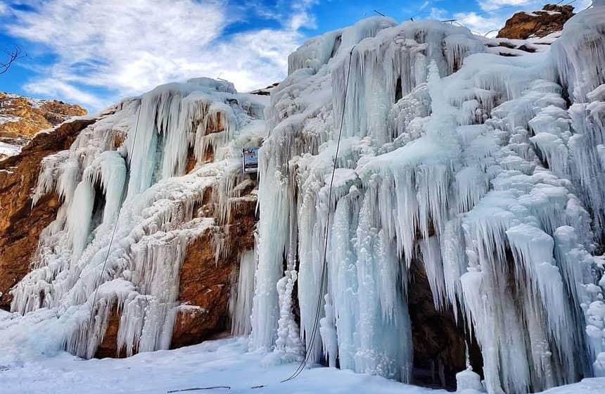 شلالات هملون الجليدية في طهران