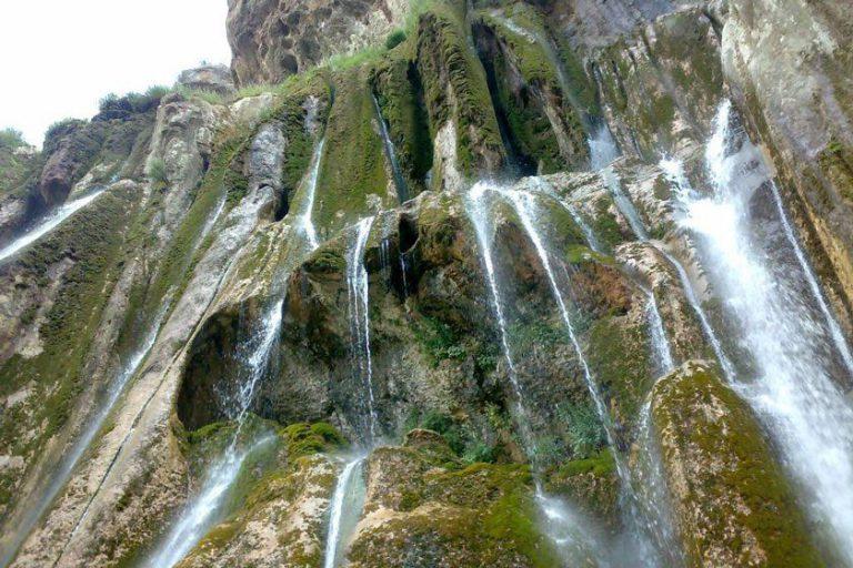 شلال مارجون في محافظة فارس (شيراز) الإيرانية