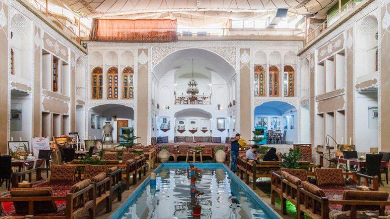 فندق والي التقليدي في يزد