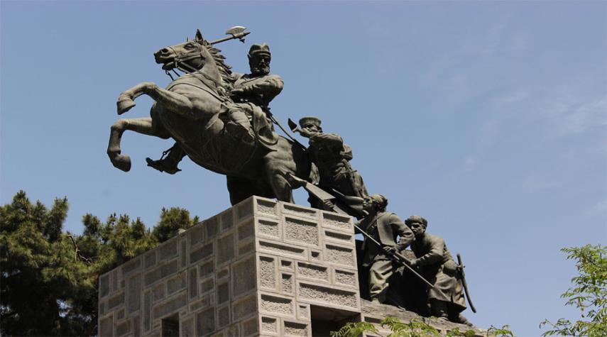 قبر نادر شاه افشار في مشهد