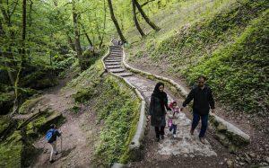 قرية سياحية في إيران