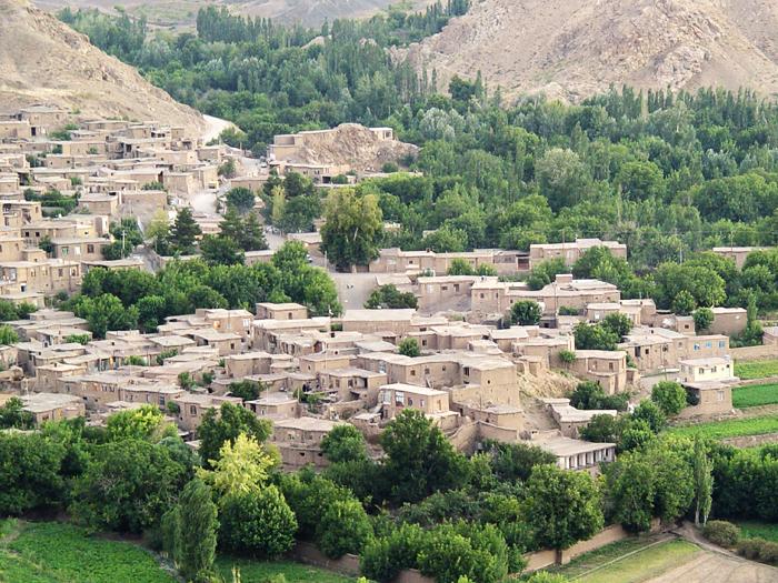 قرية تاباس في سبزيفار