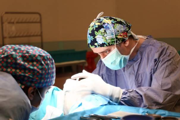 أفضل جراح تجميل الأنف في إيران