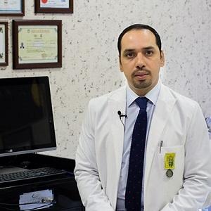 دكتور فرهاد همتخة