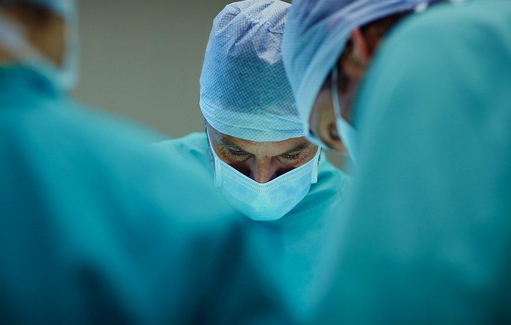 سرطان الخصية وعلاجه في إيران