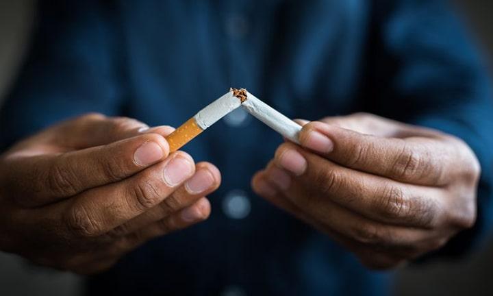 تأثير التدخين قبل وبعد زراعة الشعر